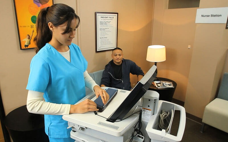 Health professional using Epson printer