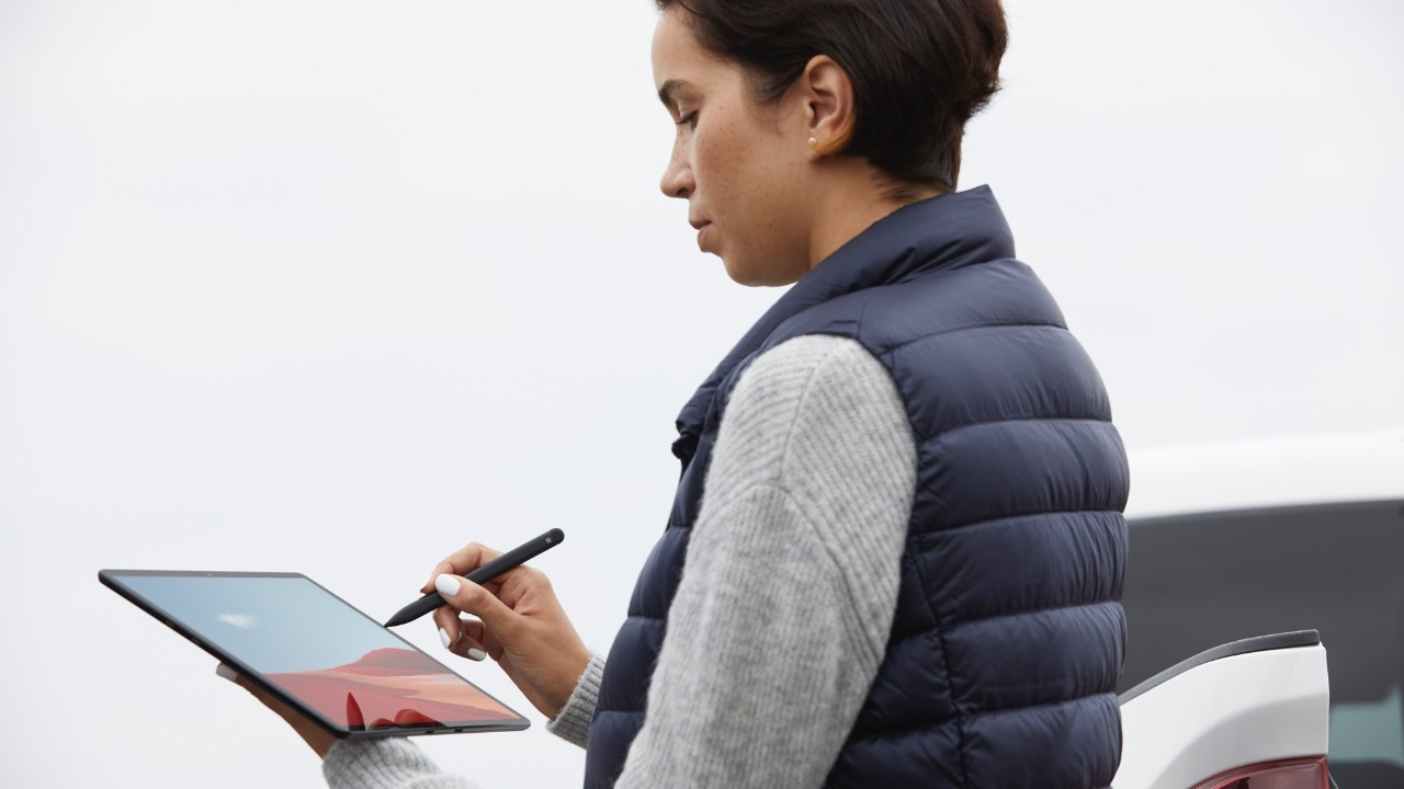 surface-pro-x-tablet-outside